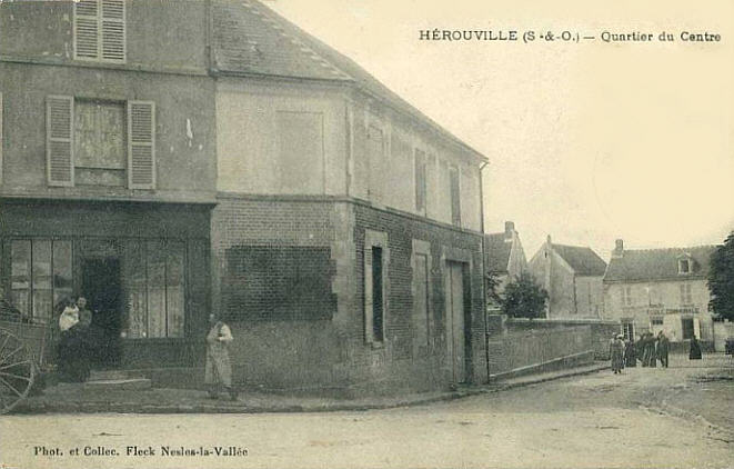CPA-Herouville-04